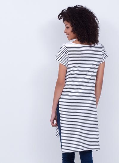 Blusa Alongada Listrada com Fendões