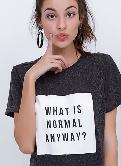 T-Shirt Not Normal Alongada com Fendas