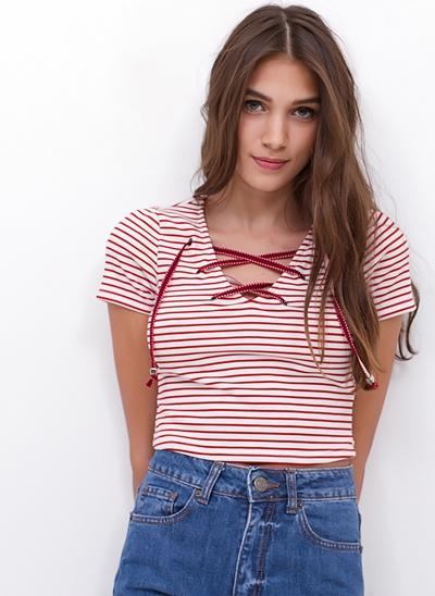Blusa Cropped Listrada com Amarração