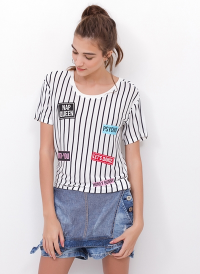 T-Shirt com Listras e Patches