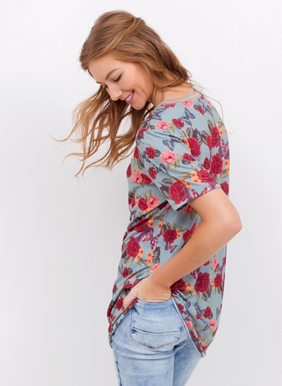 T-Shirt Alongada Floral