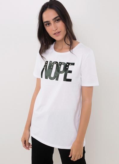 Blusa Flocada Nope com Tachas