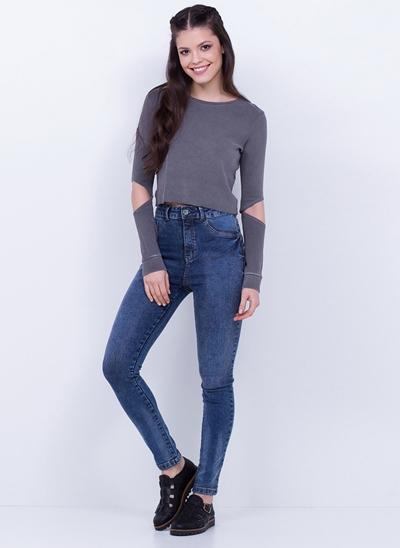 Blusa Cropped com Abertura nos Cotovelos