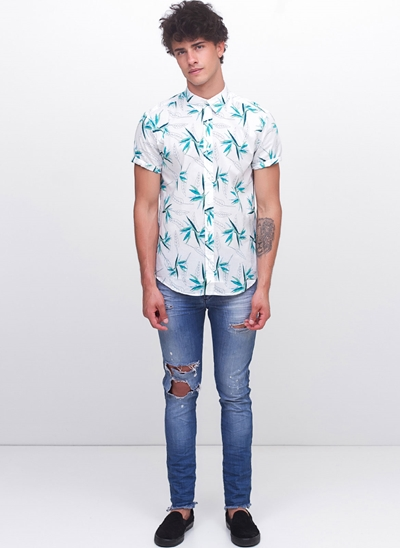 Camisa Slim Manga Curta Floral