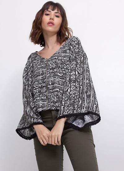 Blusa Kimono com Franjas