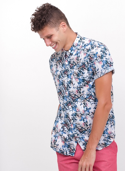 Camisa Regular Floral em Viscose