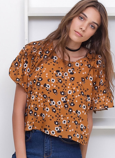 Blusa Cropped Floral Mangas Soltinhas