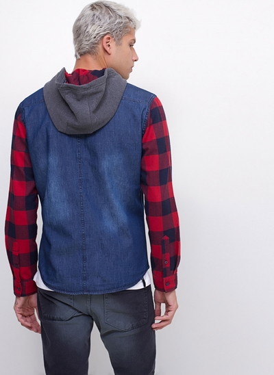 Camisa Regular Jeans com Capuz