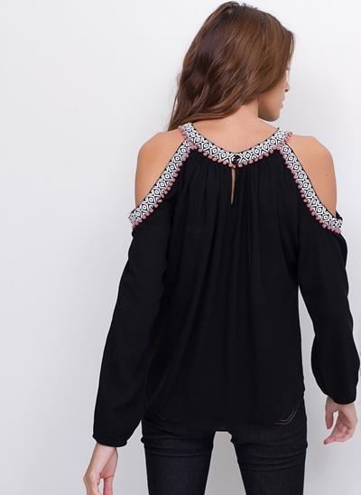 Blusa Ombros Vazados com Detalhe Grega