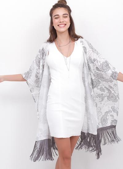 Kimono Cavado com Renda em Viscose