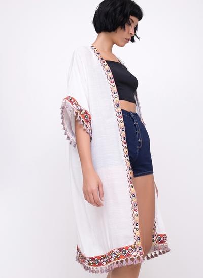 Kimono Alongado com Detalhes e Tassel