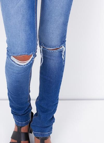 Calça Skinny com Cintura Baixa