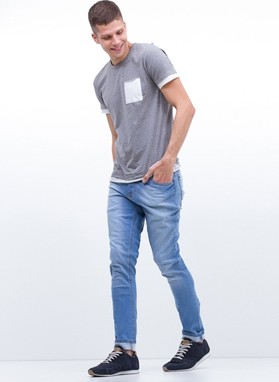 Calça Skinny em Jeans Vintage