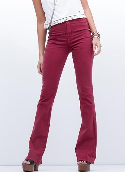 Calça Flare Cintura Alta em Jeans