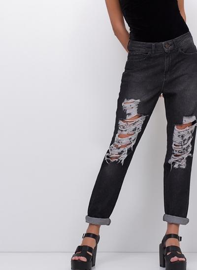 Calça Vintage em Jeans Black Destroyed