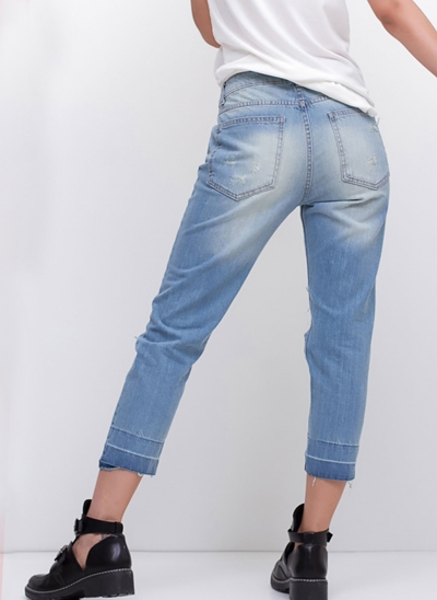 Calça Cropped Relaxed em Jeans Destroyed