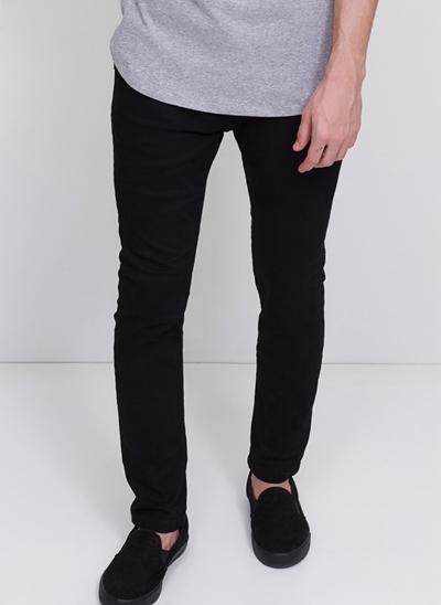 Calça Skinny em Sarja Black