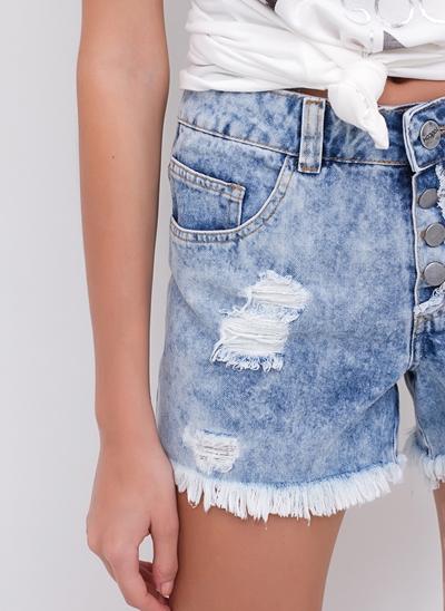 Short Regular Jeans Desfiado com Botões