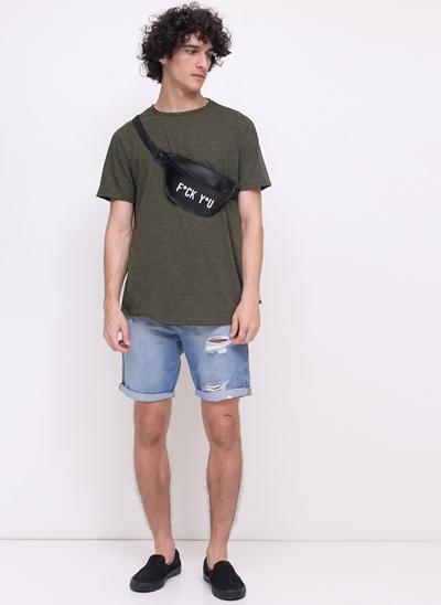 Bermuda em Jeans com Rasgos