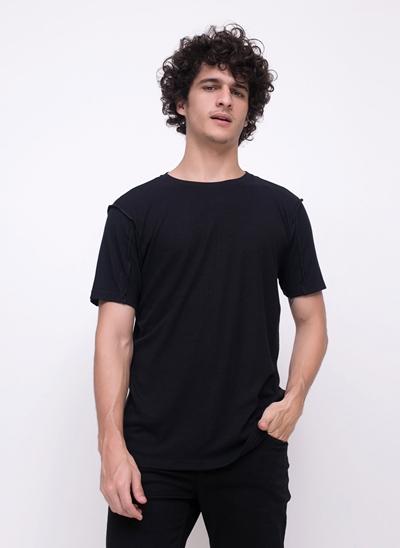 Camiseta em Ribana com Ponto Costura