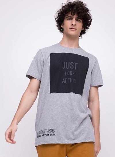 Camiseta Alongada Just Look At This