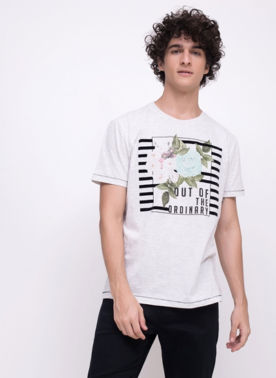 Camiseta Out of the Ordinary