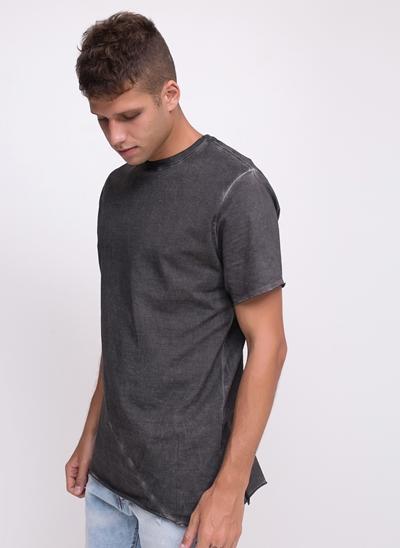 Camiseta Estonada com Recorte