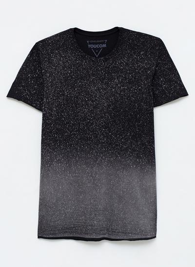 Camiseta com Efeito Spray