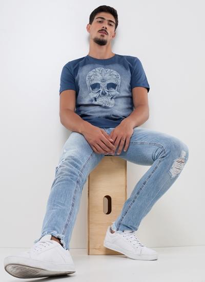 Camiseta Caveira Marmorizada