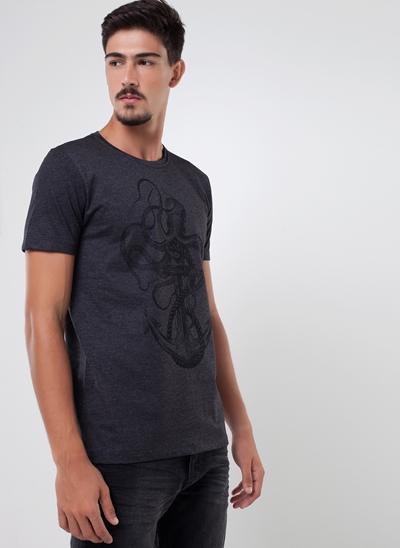 Camiseta Âncora e Polvo