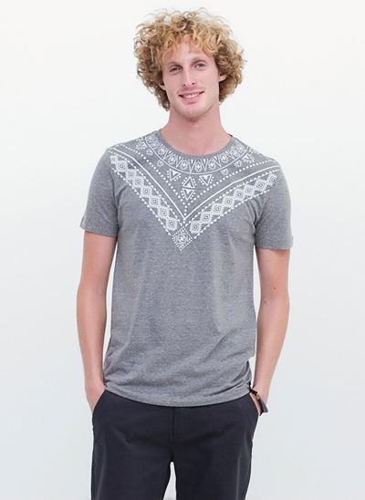 Camiseta Manga Curta Tribal