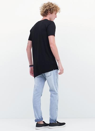 Camiseta Manga Curta Alongada Irregular