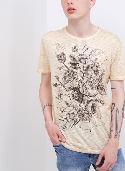 Camiseta Flowers em Flamê