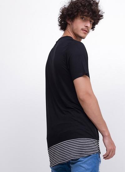 Camiseta com Barra Listrada