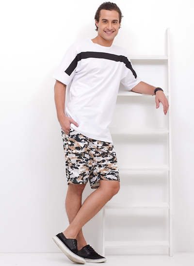 Camiseta Kimono Sleeve com Listra