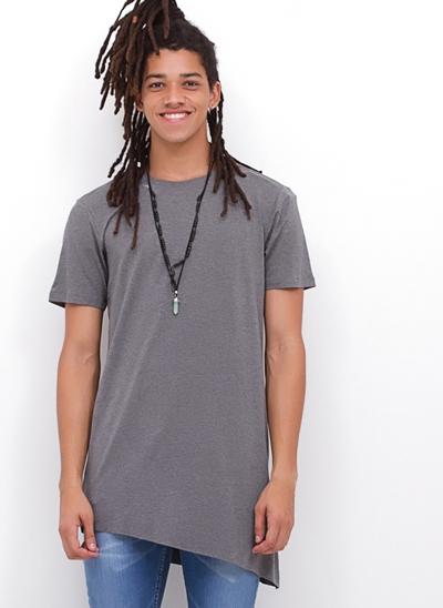 Camiseta YOUTH Alongada Irregular