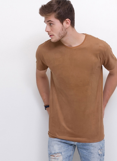Camiseta em Suede