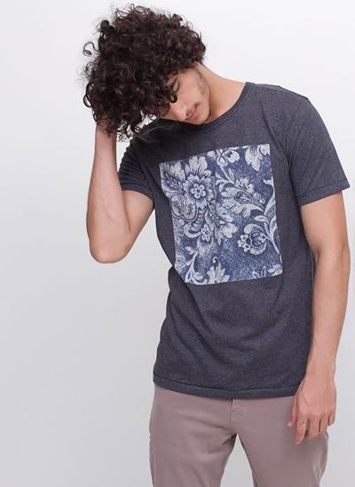 Camiseta Black Floral
