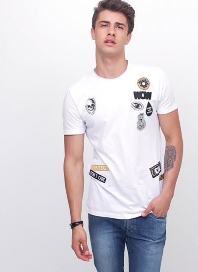 Camiseta com Patches