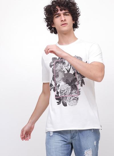 Camiseta Flores em Botonê