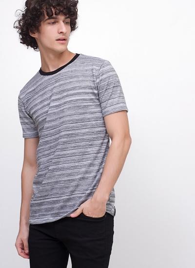 Camiseta em Malha Tricot