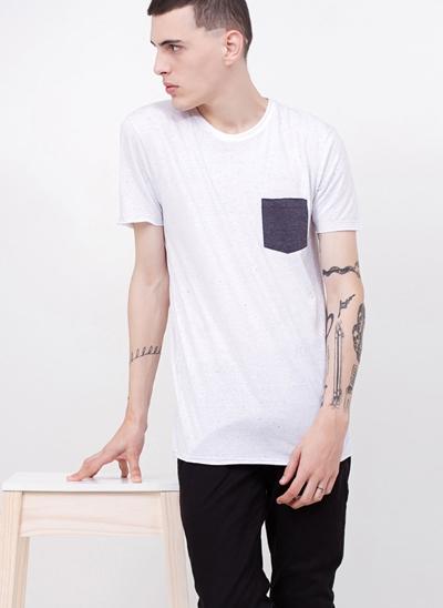 Camiseta Botonê com Bolso