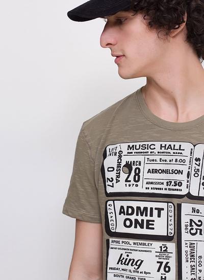 Camiseta Ticket em Flamê