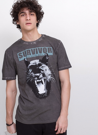 Camiseta Survivor