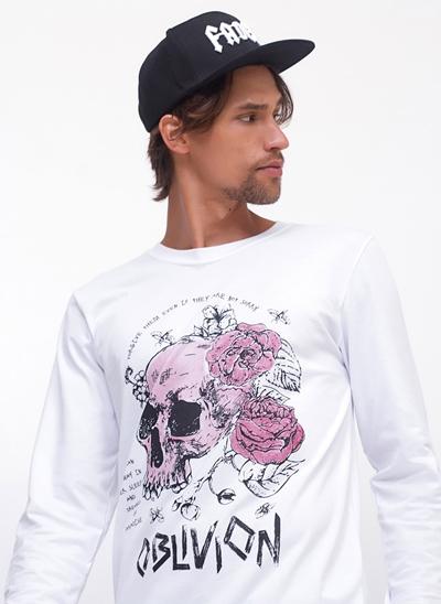 Camiseta Manga Longa Caveira